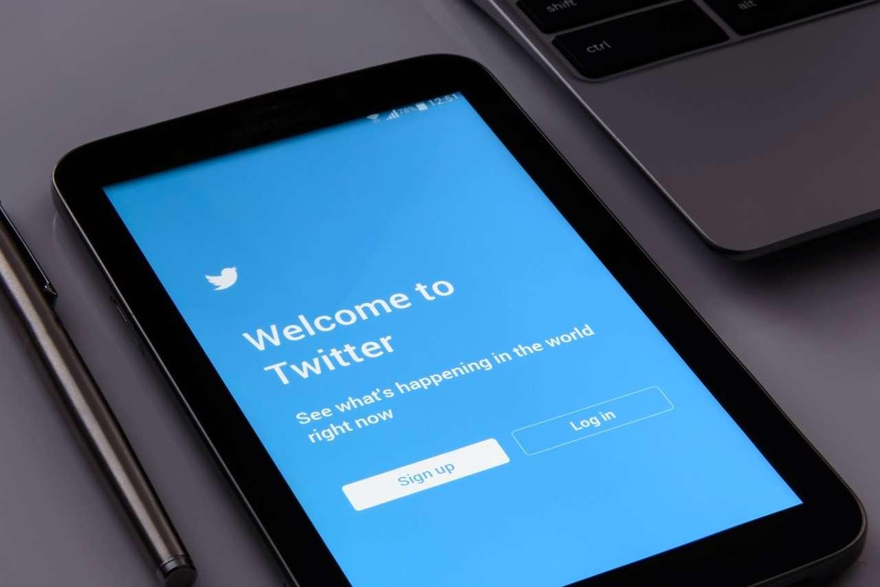 Come scaricare tutti i tuoi dati personali da Twitter